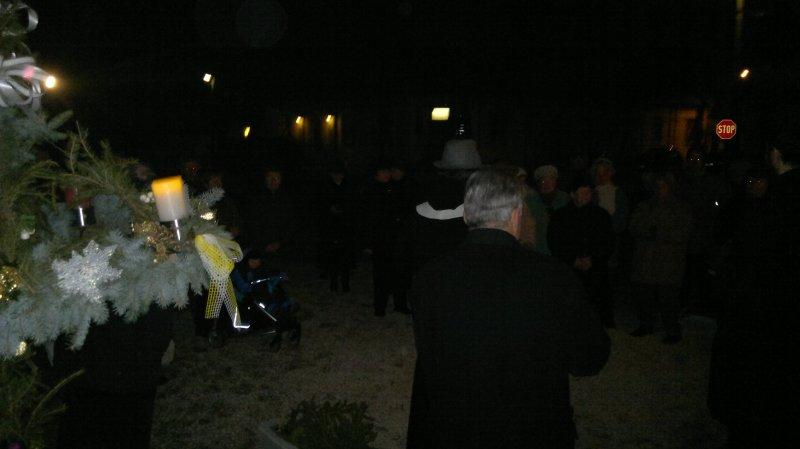 20111218308